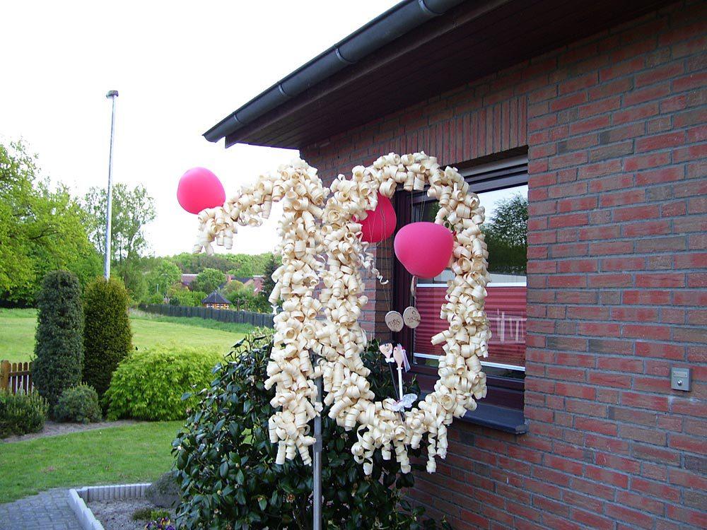 Holzerne Hochzeit Der 5 Hochzeitstag Brauche Traditionen